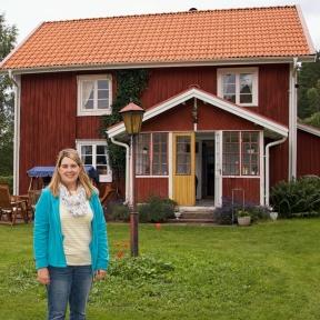 Sara Kidd framför Sandhagen